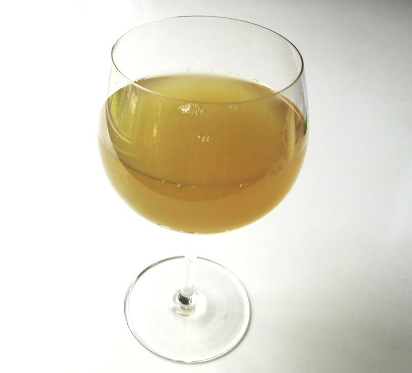 Напиток из имбиря от мигрени и воспаления