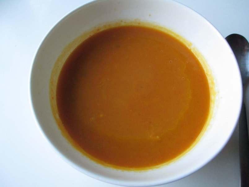 Суп-из-тыквы-моркови-и-имбиря